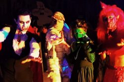 Ilusionista Magico Lucas Proximidade Palco Salao Artistas Halloween